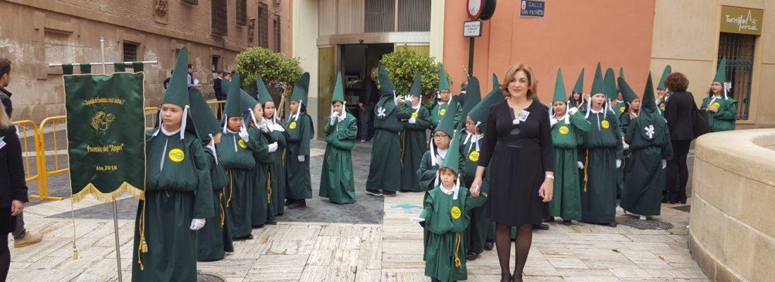 """El colegio José Loustau en la """"Procesión del Ángel"""""""
